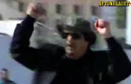 Gadaffi rockvideo med Santana