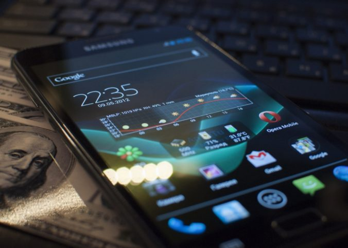 Smartphone - Foto: Downloadwallpaper.org