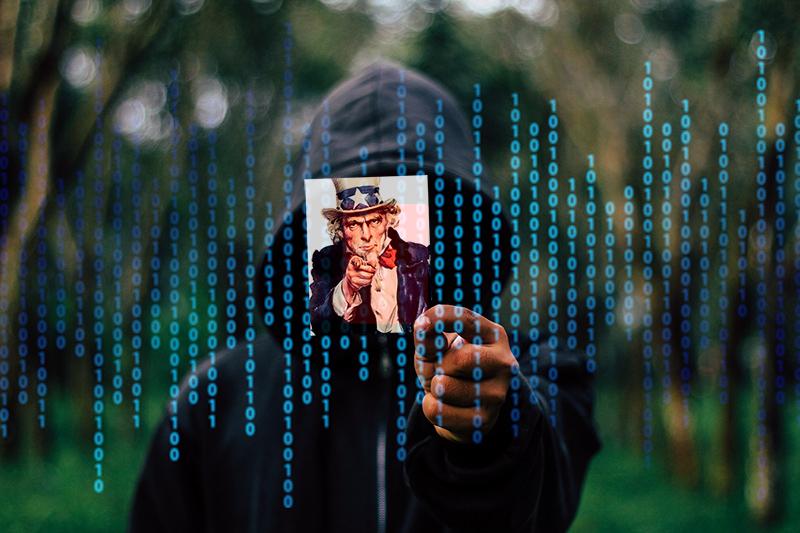 Montage: NewsVoice, Botnet Hacker - Foto: Gerd Altmann, Pixabay.com