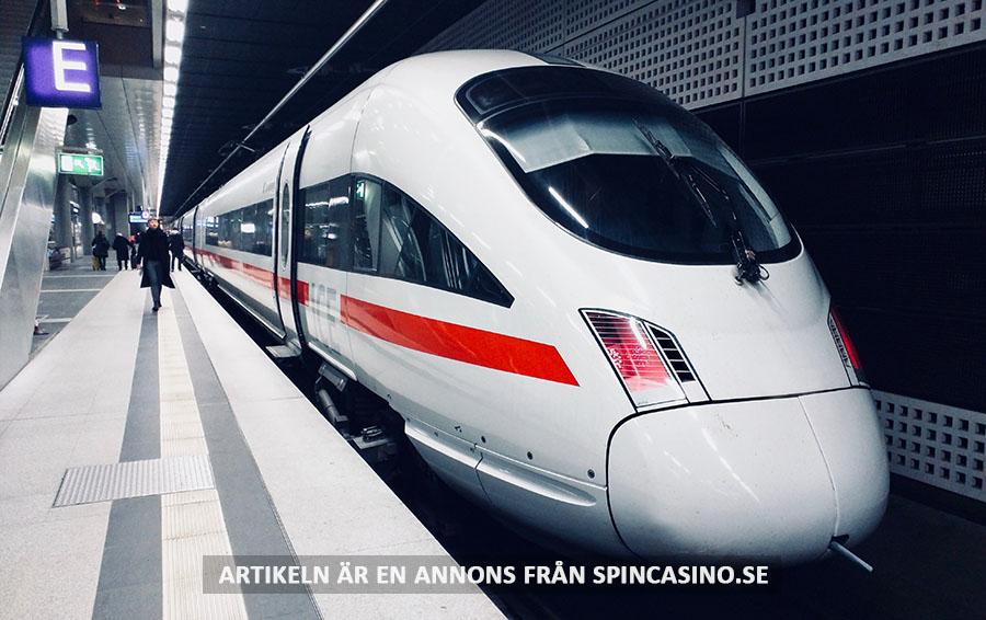 Självkörande tåg. Foto: Daniel Abadia. Licens: Unsplash.com